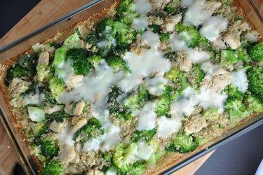 Sült Quinoa Brokkolival és Csirkével